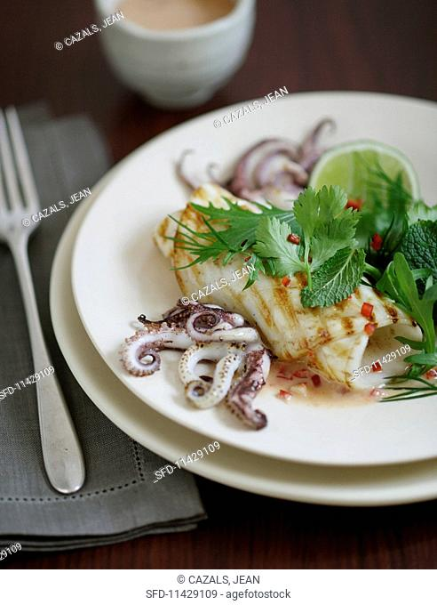 Squid with herbs and lime sauce