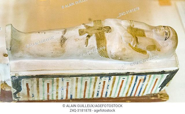 Egypt, Cairo, Egyptian Museum, from the tomb of Yuya and Thuya in Luxor : Model of Osirian cenotaph, in limestone. It represents both a sarcophagus and a wooden...