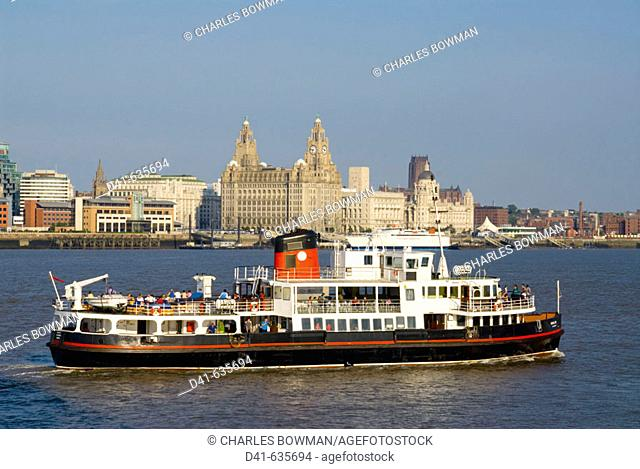 Europe, UK, England, Liverpool, Merseyside three graces from river Mersey ferry