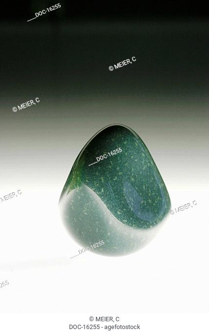 Greenery aventurine - Fuchsite Containing glitzender quartz - against nervousness, stress, heart attack and inch front of arteriosclerosis bow down sleep...