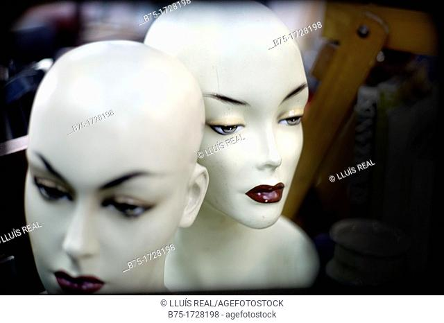 two heads of mannequins