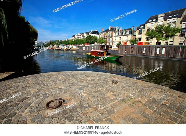 France, Loire Atlantique, Nantes, Erdre river and the pond Ceineray in Nantes