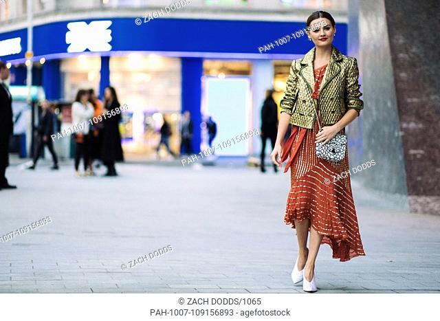 Vlogger Niomi Smart posing outside the Temperley London runway show during London Fashion Week - Sept 15, 2018 - Photo: Runway Manhattan ***For Editorial Use...