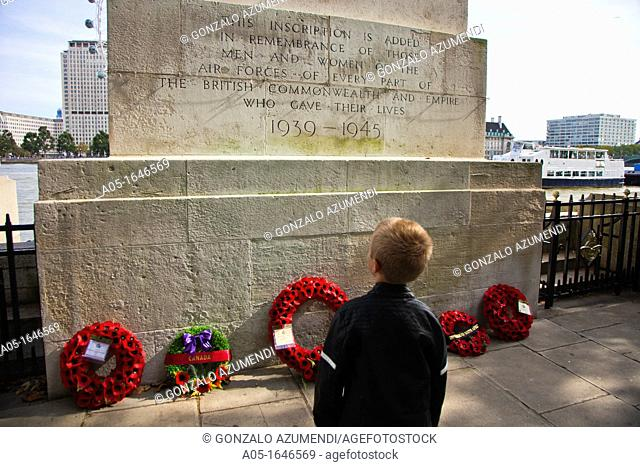 Inscription added in remembrance of those men and women of the Air Forces of every part of the British Commonwealth and Empire who gave their lives  London...
