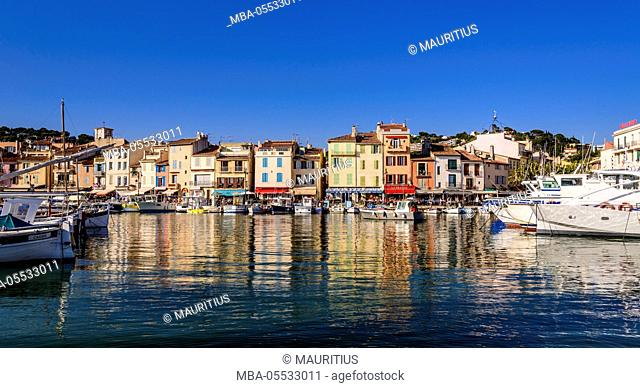 France, Provence, Bouches-du-Rhône, Riviera, Cassis, harbour