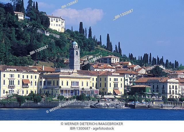 View of Bellagio with the Grand Hotel Villa Serbelloni, luxury hotel, Lake Como, Italian Lakes, Lombardy, Italy, Europe