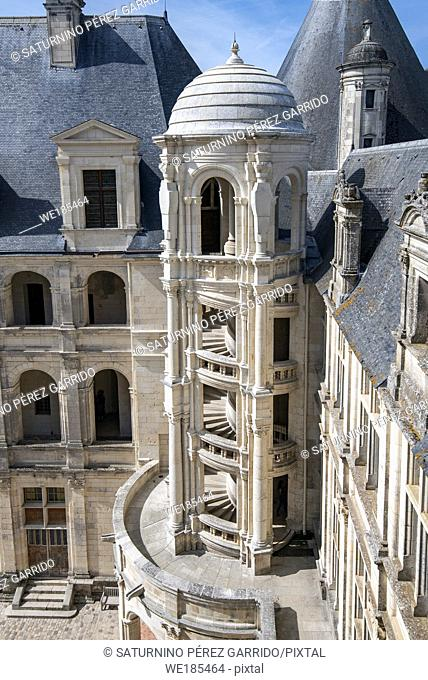 Inner face of Chambord Castle with detail of one of the outer stairs
