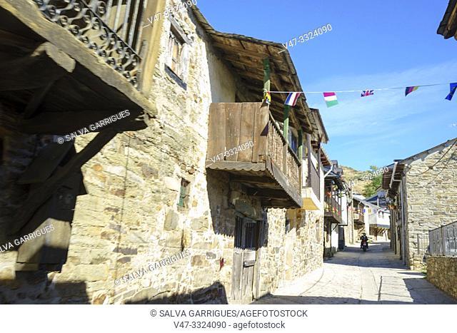 Typical street of Acebo, Leon, Castilla y Leon, Spain