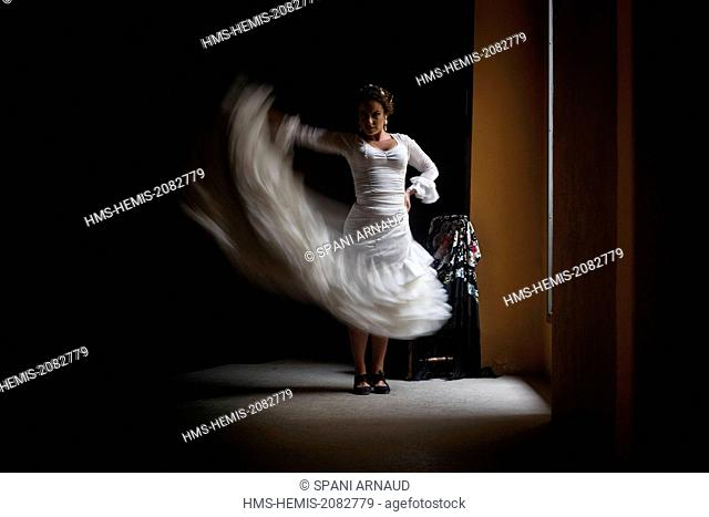 Spain, Andalusia, Seville, flamenco dancer in action