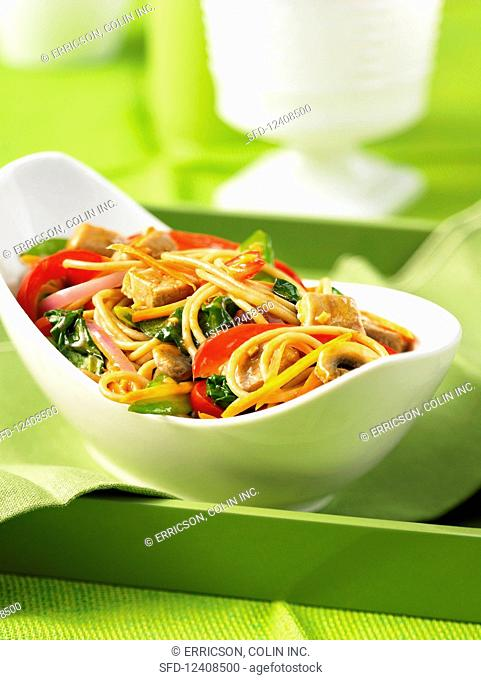 Lo mein with pork (China)