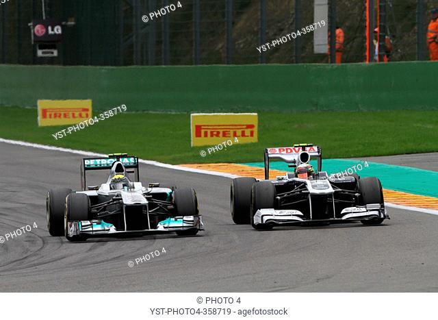 Race, Nico Rosberg GER, Mercedes GP Petronas F1 Team, MGP W02 and Pastor Maldonado VEN, Williams FW33, Belgian Grand Prix, Francorchamps
