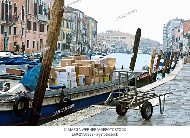 Transportation of goods, Canale di Cannaregio, Venice, Veneto, Italy