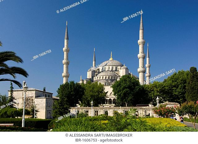 Sultan Ahmed Mosque, Sultanahmet Camii or Blue Mosque, Istanbul, Turkey