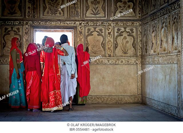 Group of Indian visitors, marble gazebo of Khas Mahal, Red Fort