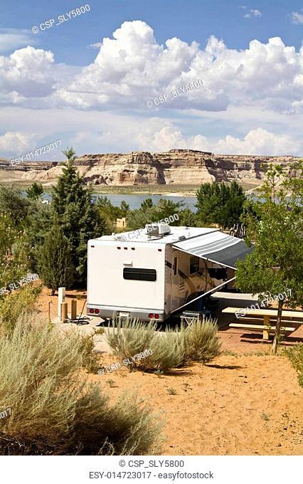 deseert camping