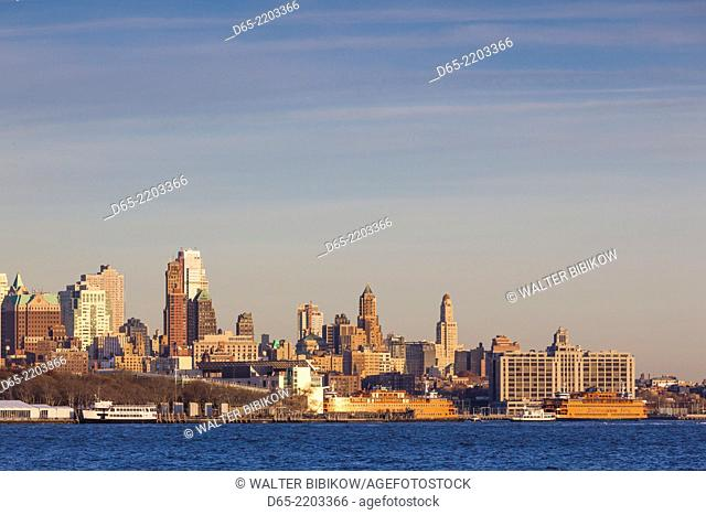 USA, New York, New York City, lower Manhattan skyline from Jersey City, dusk