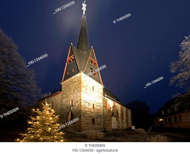 Church of Ortenberg in the night in Christmas time - Ortenberg, Hesse, Germany, 22/12/2007