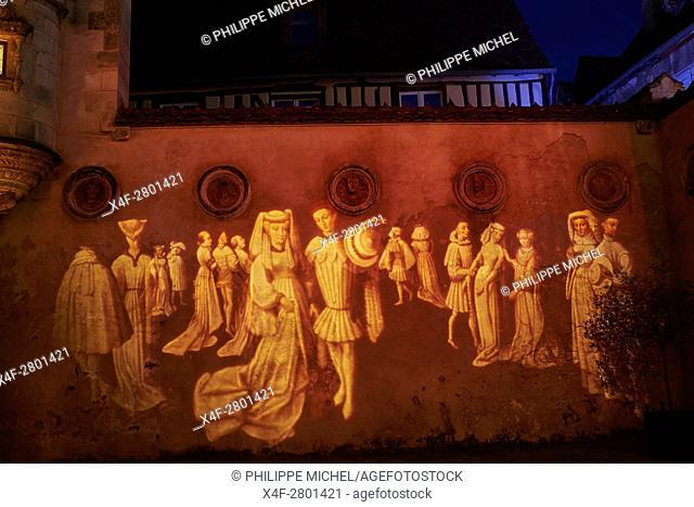 France, Cher (18), Bourges, illumination during Les nuits lumières de Bourges, hotel Lallement, Musée des arts décoratifs