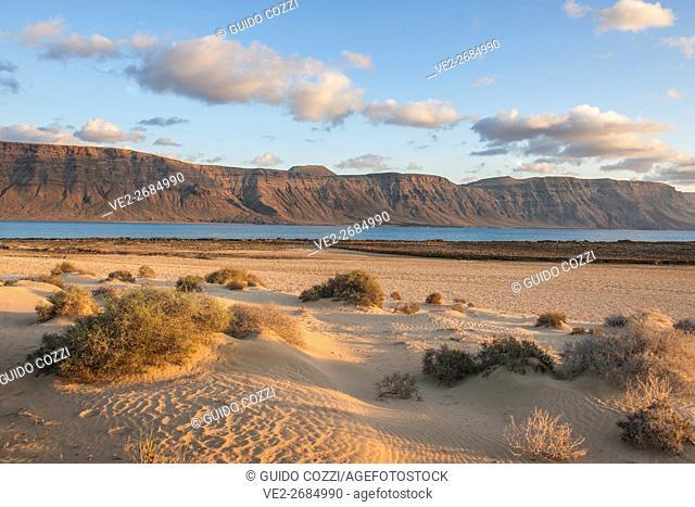 Spain, Canary Islands, La Graciosa . Playa del Salado