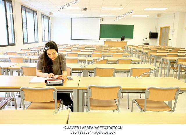 Classroom, Students, School of Business, UPV, EHU, University of Basque Country, San Sebastian, Donostia, Gipuzkoa, Basque Country, Spain