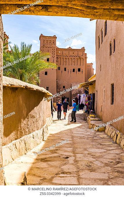 Covered alleys, example of Moroccan architecture. Ksar Ait Ben haddou, old Berber adobe-brick village or kasbah. Ouarzazate, Drâa-Tafilalet, Morocco