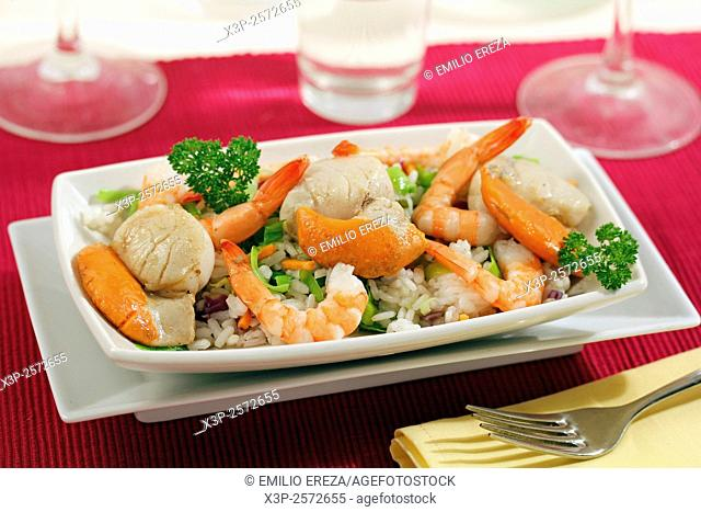 Scallops salad with rice
