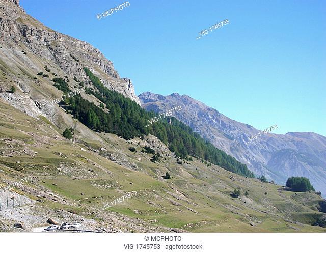 Italian Alps valley - Italien, 01/10/2005