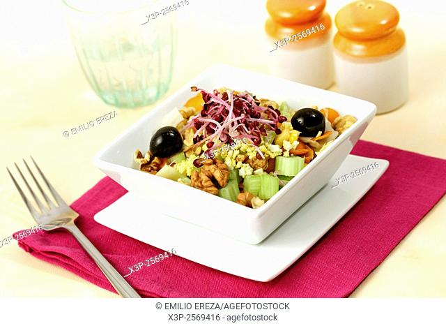 Salad with celery and walnuts