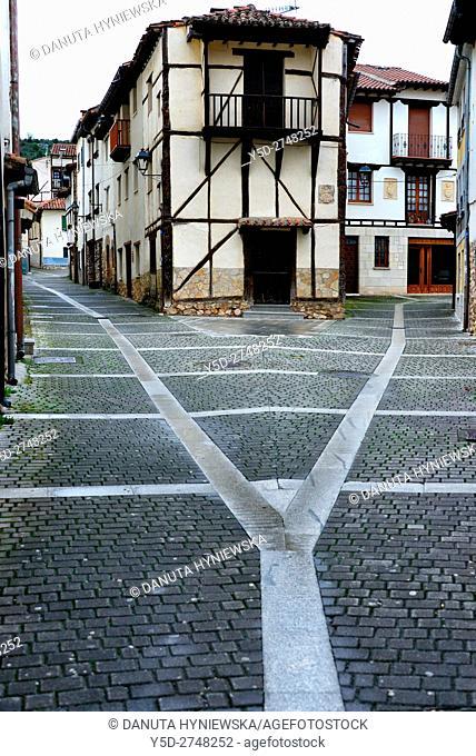 old town of Covarrubias. Ruta del Cid, Burgos province, Castilla-León, Castile and León, Castilla y Leon, Spain, Europe