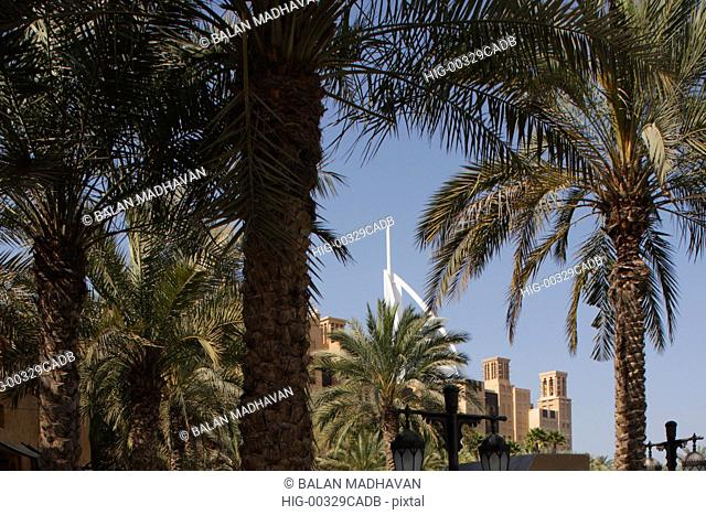 BURJ AL ARAB HOTEL AND TRADITIONAL ARAB BUILDINGS