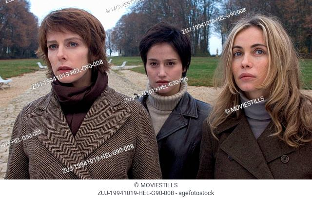 Oct 19, 1994; Castelnaudary, Aude, FRANCE; KARIN VIARD as Celine, MARIE GILLAIN as Anne and EMMANUELLE BEART as Sophie in 'Hell