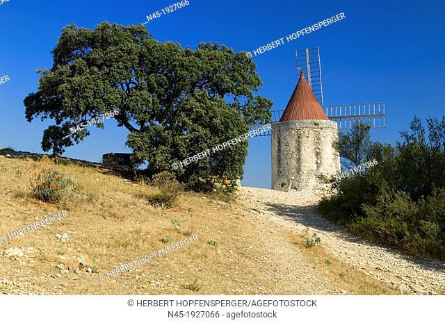 Windmill; Scenery; Provence; France