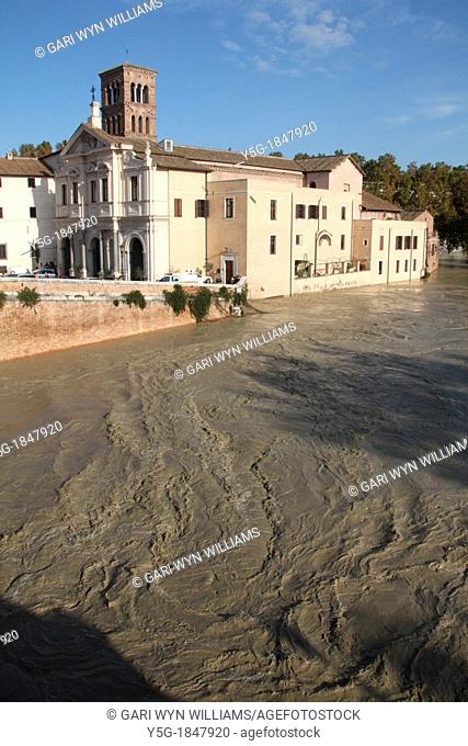 14 November 2012 The Tiber in Rome reaching record levels after heavy rain