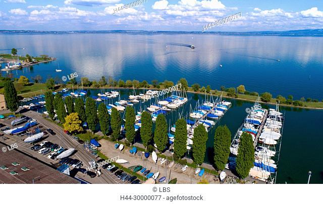 Luftaufnahme des Hafens von Romanshorn