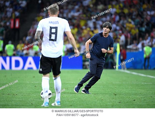 Bundescoach Joachim Jogi Loew (Germany) / r. runs into the field and Toni Kroos (Germany) plays the ball. GES / Football / World Cup 2018 Russia: Germany -...