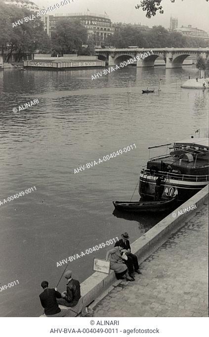 Album Parigi (giugno-luglio 1936): the Seine River, shot 06-07 1936 by Balocchi Vincenzo