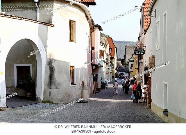 Main street, alley, Duernstein, Wachau, Lower Austria, Europe