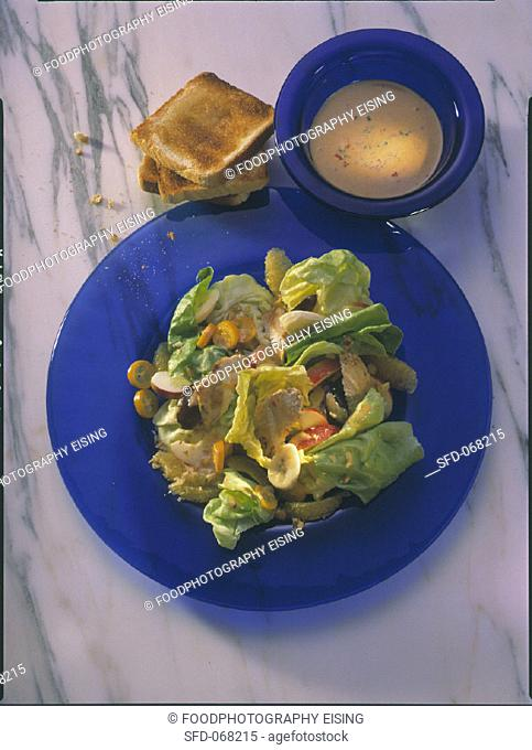 Lettuce with Thousand-Island Dressing
