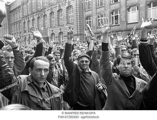 Voting for occupying the main building of Goethe-University in Frankfurt on 27 May 1968. Students discussed about actions to be taken against the new Emergency...