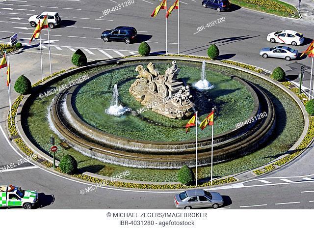 Fuente de Cibeles fountain, Plaza de Cibeles, intersection of Calle Alcala, Paseo de Recoletos and Paseo del Prado, city centre, Madrid, Spain