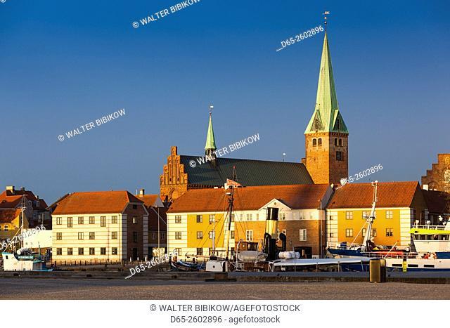 Denmark, Zealand, Helsingor, town view and Sankt Olai Domkirke Church, dawn