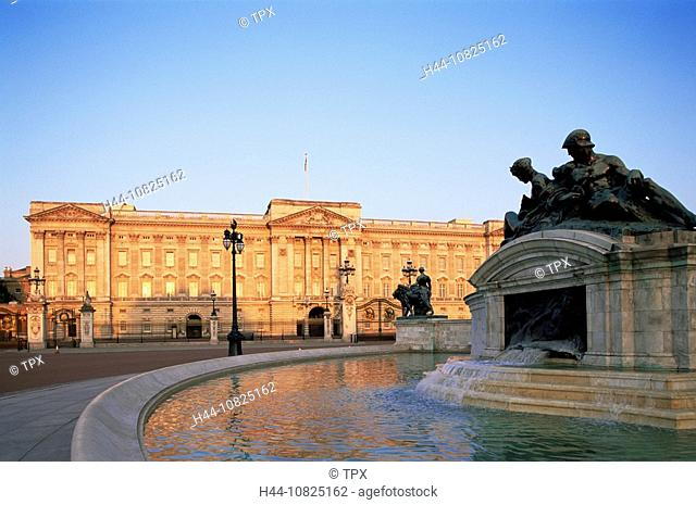 UK, United Kingdom, Great Britain, Europe, Britain, England, Europe, London, Buckingham Palace, Royalty, Monarchy, Moo