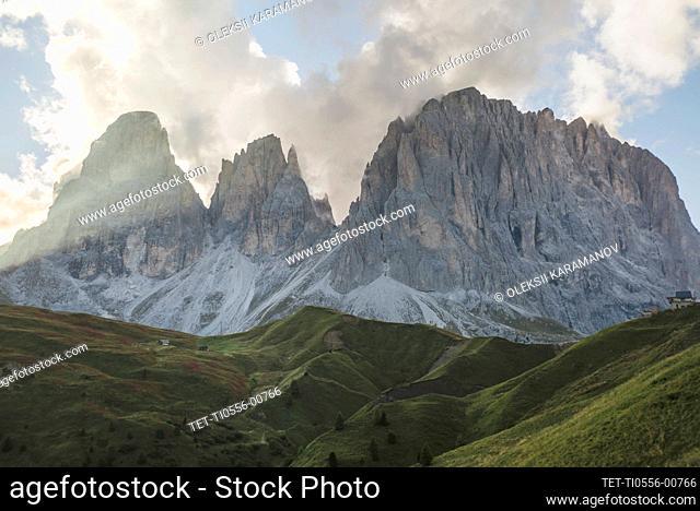 Italy, Dolomite Alps, Scenic view of mountain range in Dolomites