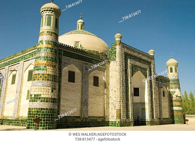 Abakh Hoja Tomb where Emporor Cheng Lung's favorite concubine is interred- Islamic Mosque, Kashgar (Along the Silk Road), Xinjiang province, China