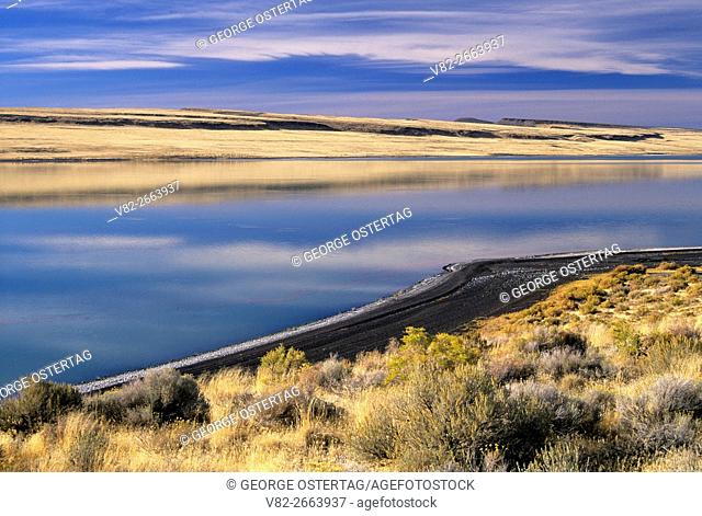 Lake Abert, Lake County, Oregon