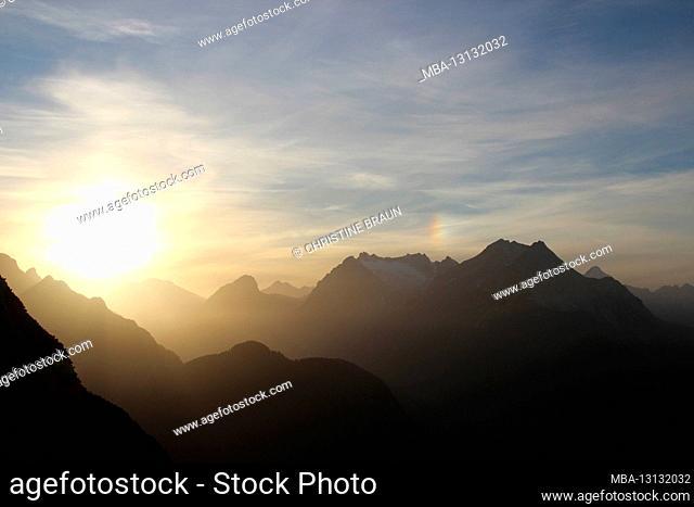 Sunset towards the Wetterstein Mountains, Zugspitze in the background, taken on the Gamseck above the Mittenwalder Hut