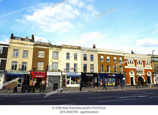 Mile End Rd - London, England