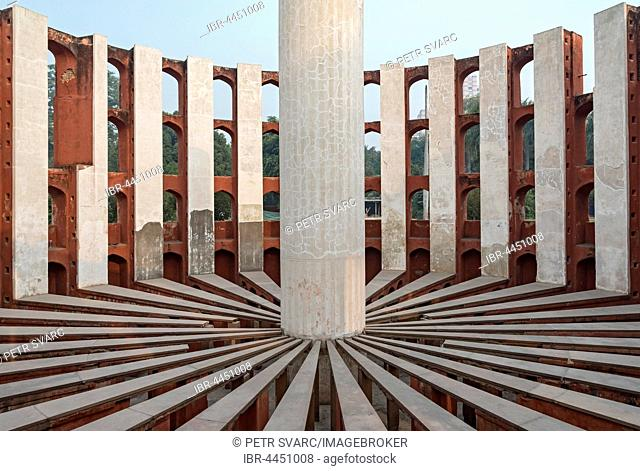 Astronomical instrument Rama Yantra, Jantar Mantar observatory, New Delhi, India