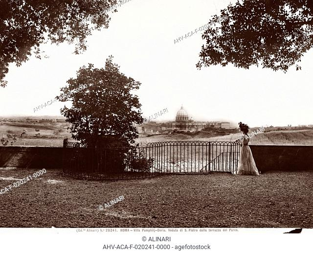 Woman seing Rome from the panoramic terrace of the Villa Doria-Pamphilj, Rome (1506 -1626), shot 1890 ca. by Alinari, Fratelli