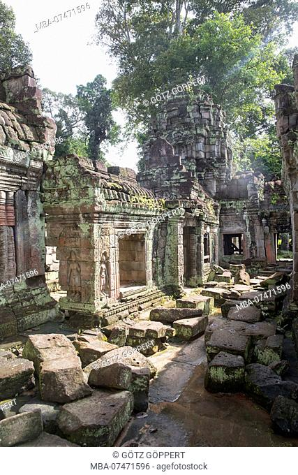 Siem Reap, Angkor, city of Angkor Thom, a former city the size of Manhattan, now a tourist attraction and mostly in ruins